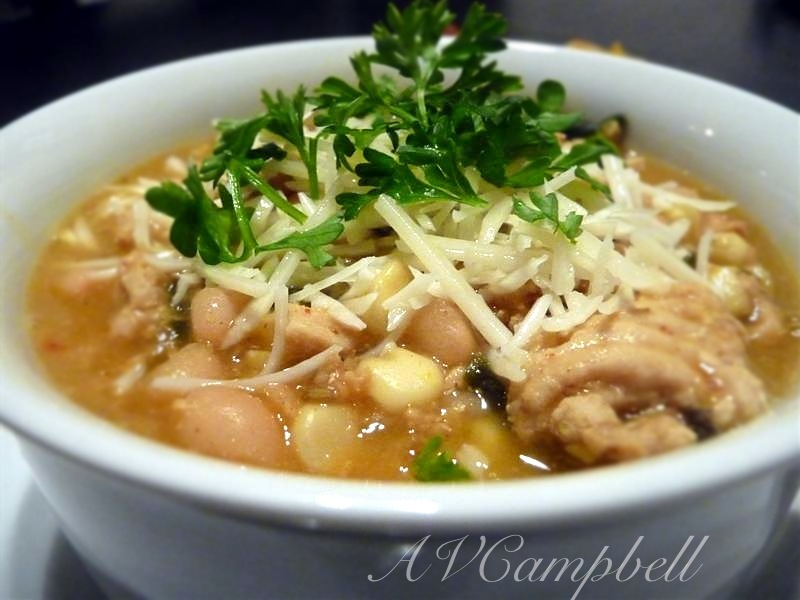 White Bean and Chicken Chili with… Turkey!? | epicureantease Garlic Bread Brands