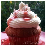 Strawberries n' Cream Cupcakes!